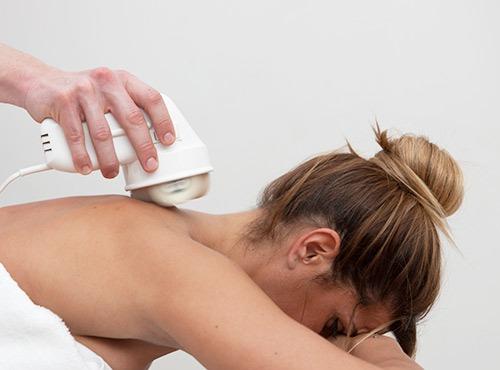 Masaje en la espalda contra la ansiedad